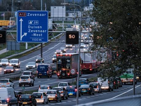 Rijkswaterstaat roept op tot flexwerken in strijd tegen files