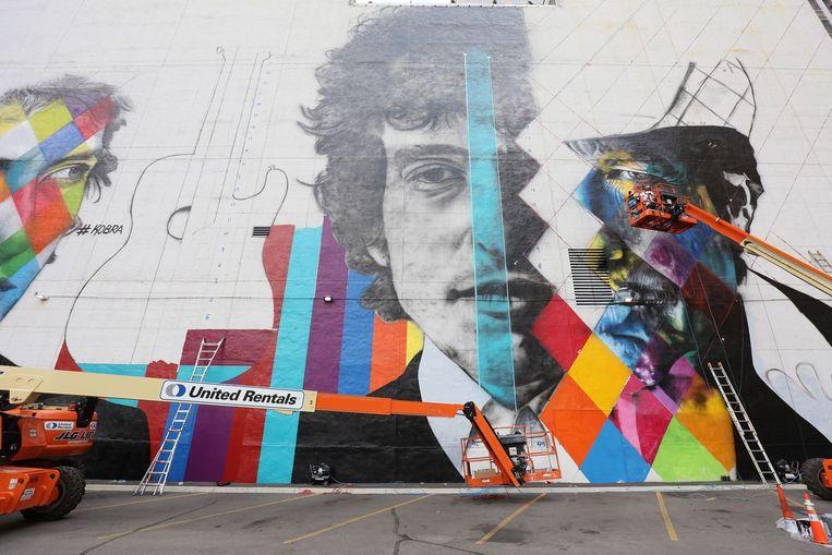 Een muurschildering van Bob Dylan, gemaakt door de Braziliaanse kunstenaar Eduardo Kobra in Minneapolis. Beeld afp