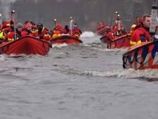 Serious Request: 34 reddingsboten van Meppel naar Zwolle