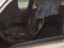 Uitgebrande brommobiel gevonden op parkeerplaats in Leerdam