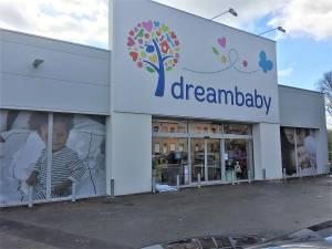 Dreambaby rappelle deux types d'assiettes de la marque Dreambee