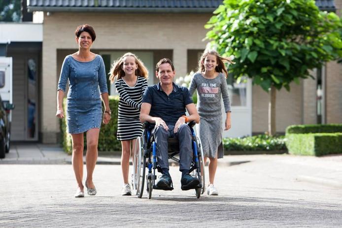 André Kruiper en zijn gezin. [FOTOBRON]foto Ronald Hissink