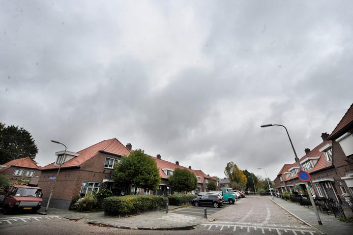 De wijk Nieuwstraatkwartier in Almelo, waar de politie en andere instanties afgelopen dinsdag een gigantische inval deden.