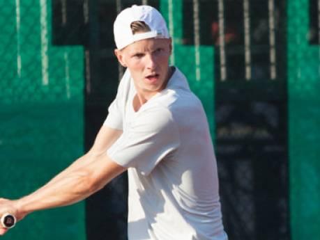 Salland-tennisser Brouwer wint toernooi Oklahoma