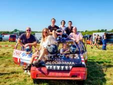 Deze families rijden al jaren voor 'de kick' mee met de autocross van Abcoude