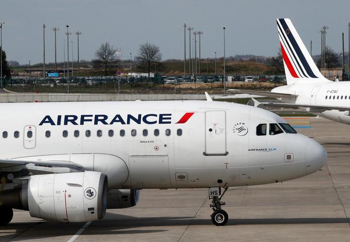 Air France heeft morgen een staking gepland, waardoor een kwart van alle vluchten waarschijnlijk vertraagd of geannuleerd wordt.