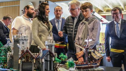 """Sophie betovert prins Laurent met LEGO: """"U bent uniek. Een tweede vrouw zoals u bestaat niet"""""""