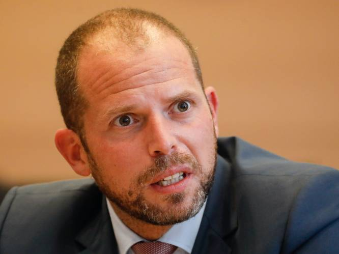 """Hoe ziet de toekomst van Theo Francken eruit na de affaire-Kucam? """"Ik ga niet zwijgen over migratie"""""""