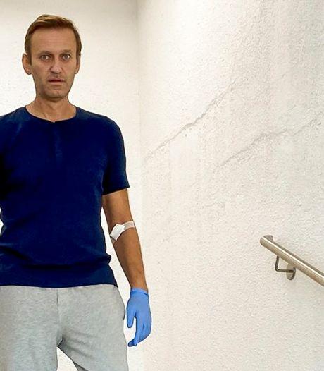 """Le Kremlin affirme que Navalny est """"libre"""" de revenir en Russie"""