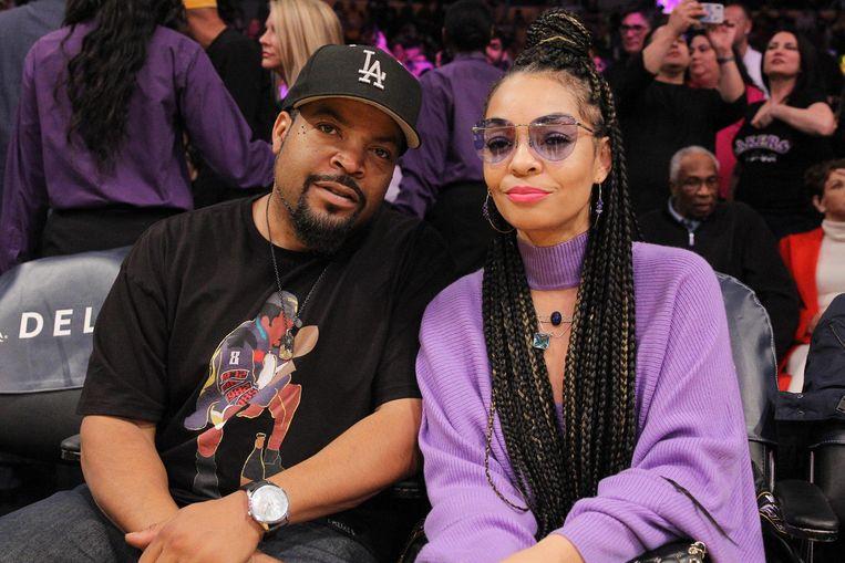 Mooi volk in de tribunes met onder andere Ice Cube en Kimberly Woodruff in het Staples Center.