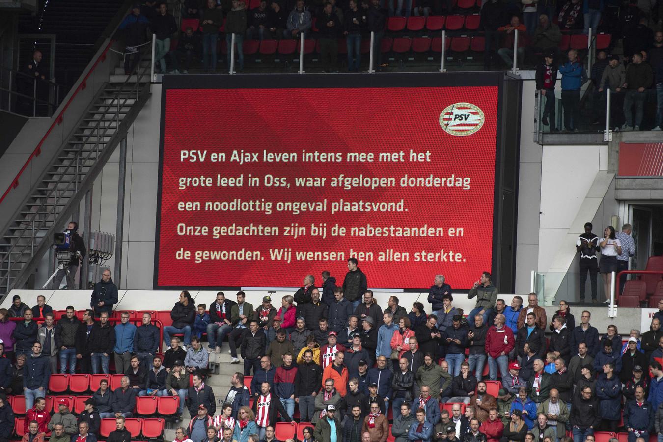 Ook  PSV en Ajax herdachten het drama in Oss.