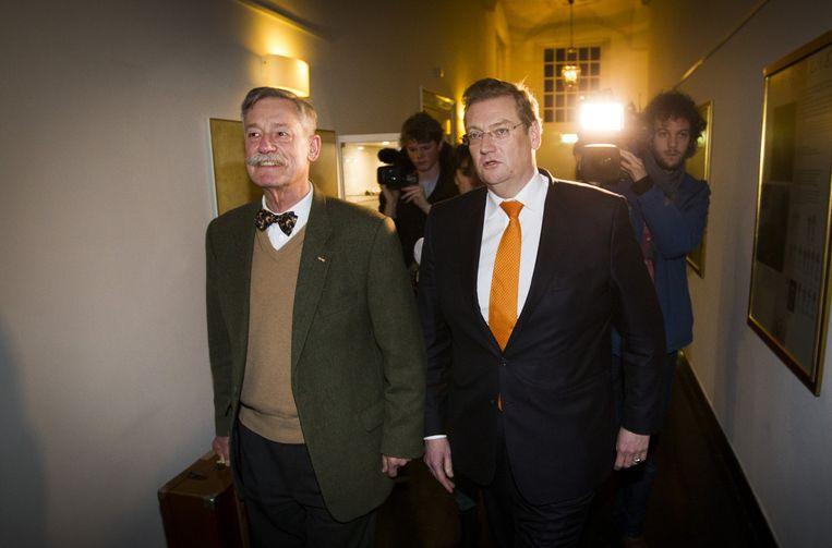 Van der Steur (R) bood vorige week zijn excuses aan aan Maat. Beeld anp