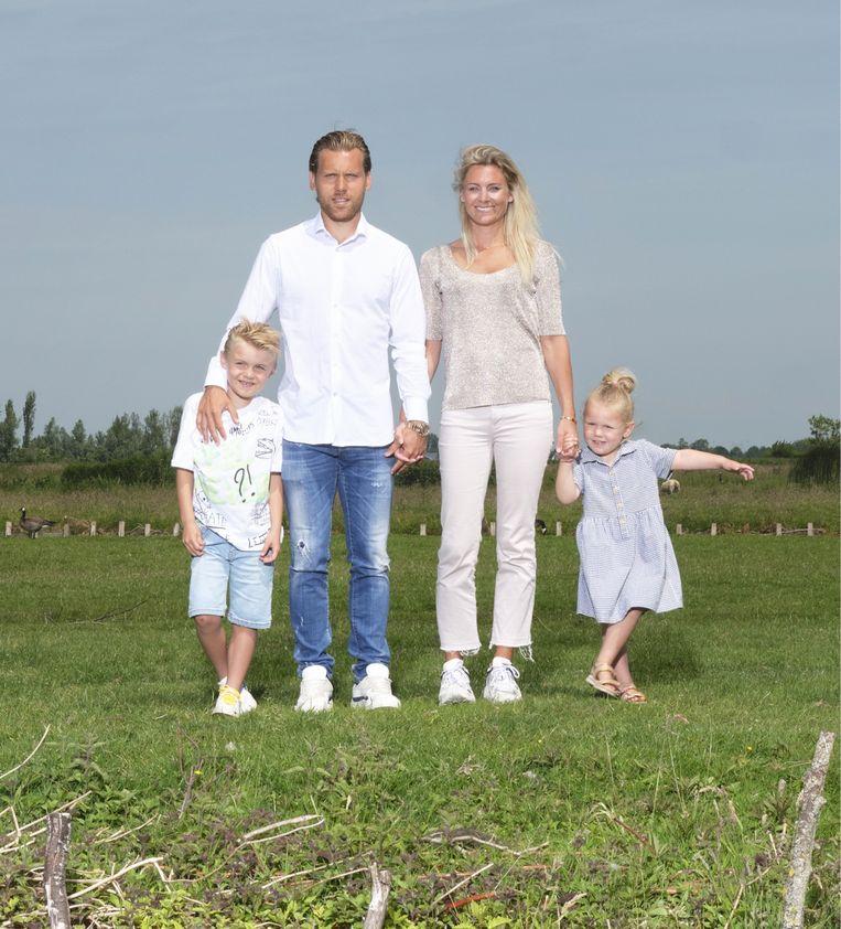 Roos America: 'Onze afspraak is altijd geweest: Ruuds carrière gaat voor, de kinderen en mijn werk zijn voor mij.' Beeld