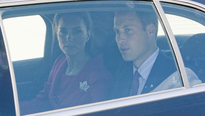 Kate Middleton en prins William in een andere auto.