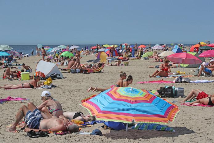 Het strand in Rockanje.