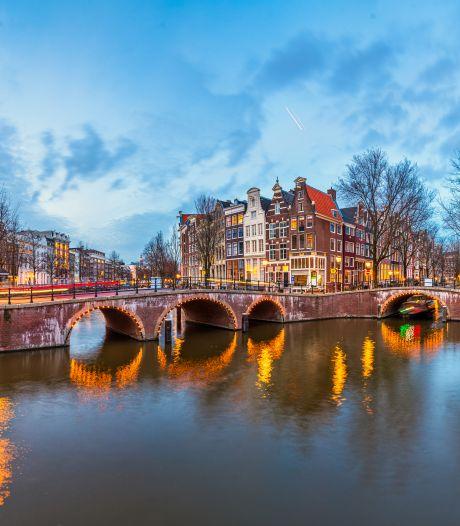 Exclusief: Amsterdams grachtenwater voor 39 euro per fles