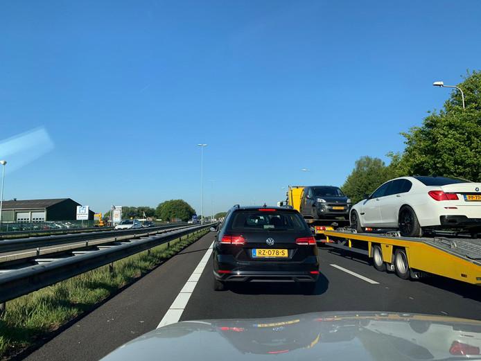 File op A59 vanuit Oss richting Zonzeel.