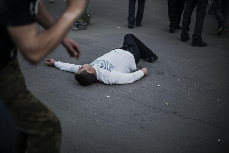 De Oekraïense nationale garde opende het vuur op de menigte