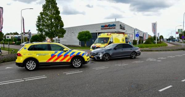 Scooterrijder raakt gewond bij ongeval in Duiven.