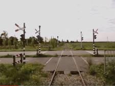 Oude spoorbomen uit Goese Nansenbaan verhuizen naar de Kloetingseweg