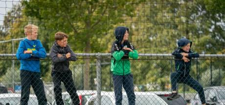 Moeten alle amateurvoetballers opnieuw beginnen in kleinere competities?