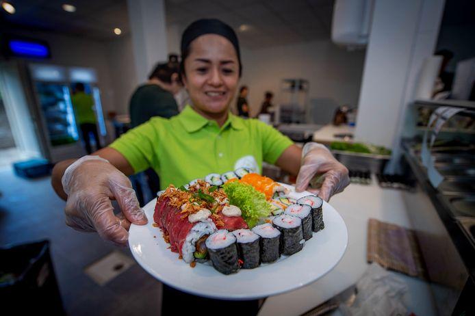 01-09-2020 | WIJCHEN. Sushi place opent vandaag hun deuren. De tweede sushi zaak in Wijchen |Dgfoto. Editie maas en waal Foto Eveline van Elk