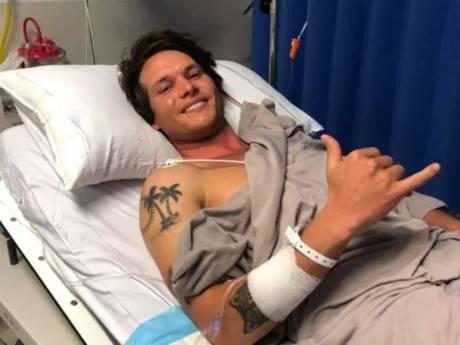 """Il survit à l'attaque d'un requin blanc: """"Je dois la vie à ma planche de surf"""""""