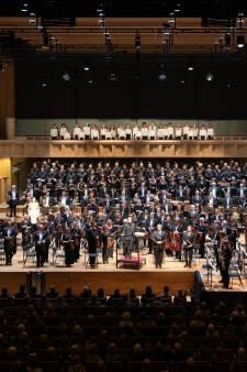 73.000 euro voor nieuwe naam fusieorkest: 'Ongekend hoe subsidiegeld door de plee wordt gespoeld'
