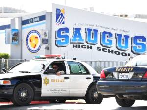 Fusillade dans un lycée près de Los Angeles: la police enquête sur le mobile du tireur