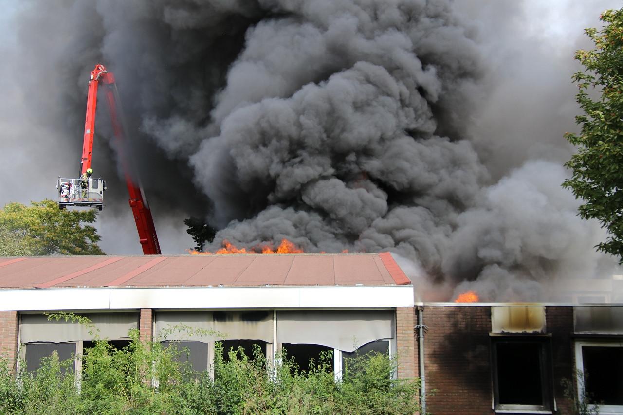 Brand in de voormalige basisschool De Geule in Terneuzen.