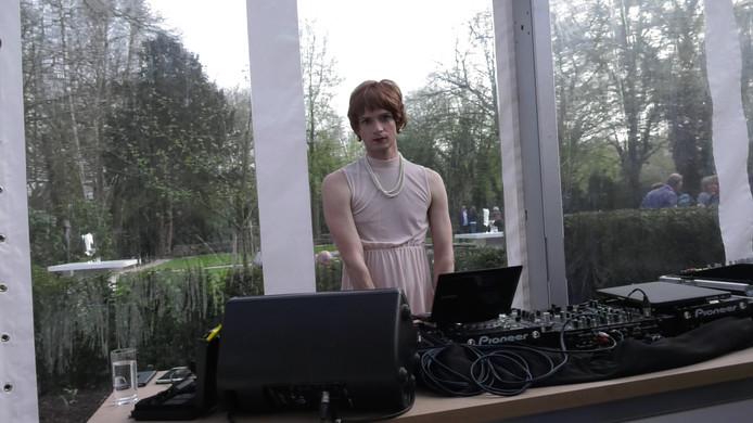 De DJ uit Berlijn zei vooral te spreken te zijn over het genderneutrale toilet.