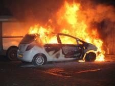 Auto Schepenenstraat Mijdrecht brandt volledig uit
