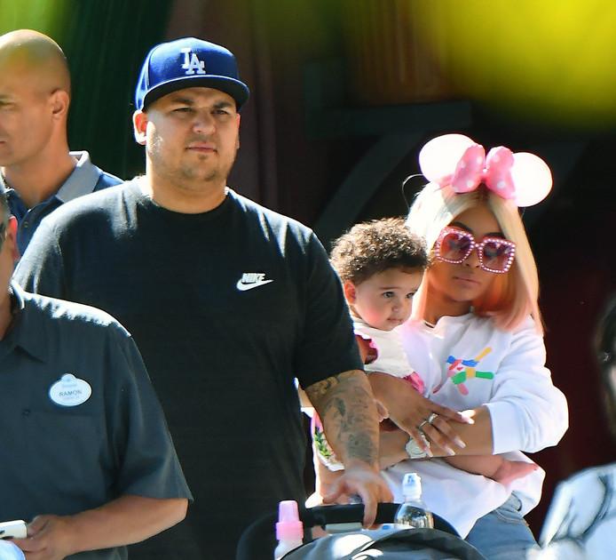 Rob Kardashian en Blac Chyna met hun dochtertje Dream.