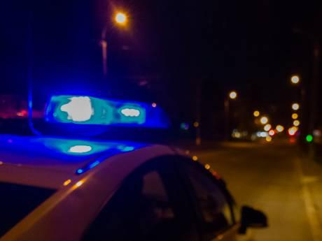 Neergestoken buschauffeur in Hulst nog in ziekenhuis, dader 'wordt snel gepakt'