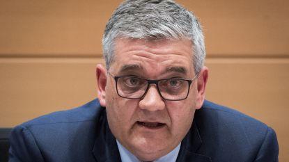 Federale ambtenaren dreigen met wekelijkse stakingen tegen 'aanvallen' van Vandeput