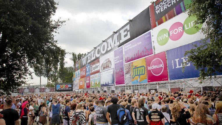 Bezoekers in de rij bij het festival Rock Werchter Beeld anp