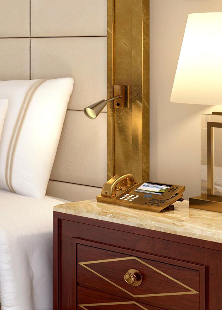 Goud naast het bed Beeld null