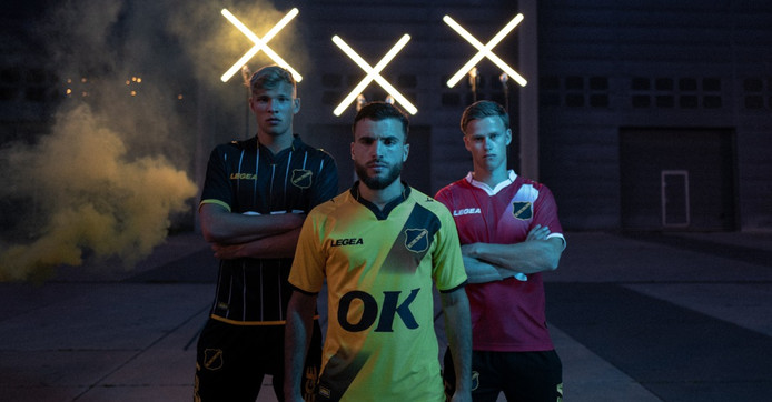 NAC 2019/2020. Van links naar rechts Syndey van Hooijdonk, Mounir El Allouchi en Robin Schouten.