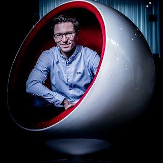 hij-bouwde-als-16-jarige-een-website-voor-zijn-vader-nu-is-zijn-bedrijf-1-miljard-euro-waard