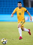 Aziz Behich in het shirt van Australië