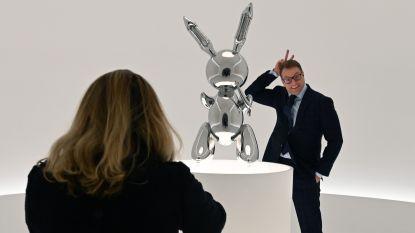 Konijn van kunstenaar Jeff Koons verkocht voor recordbedrag van 81 miljoen euro