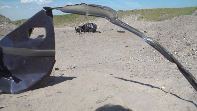 Zo had de auto van Kok er na de explosie ongeveer uitgezien, blijkt uit een reconstructie van de politie. Beeld Politie
