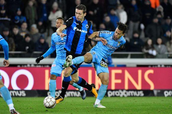 Hans Vanaken en Cristian Benavente tijdens Club Brugge-Charleroi van dit seizoen.