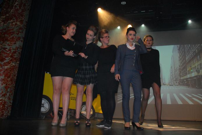 Presentatie van de groep City Chique, waarbij New York als referentiekader fungeerde.