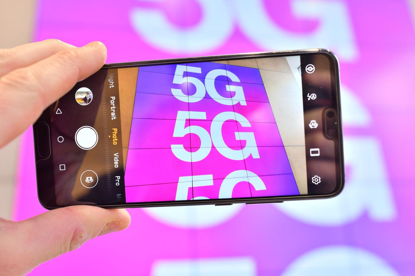 De komst van 5G gaat grote implicaties hebben, stelt Angeline van Dijk, directeur-hoofdinspecteur van Agentschap Telecom