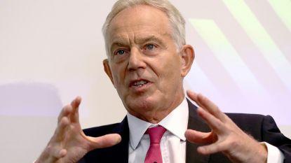 """Britse ex-premier Tony Blair haalt hard uit naar Boris Johnson: """"Shockerend, onverantwoord en gevaarlijk"""""""