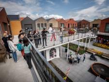 Chinese delegatie bezoekt Hof van Nassau Steenbergen: 'Ik zou hier zo willen wonen'