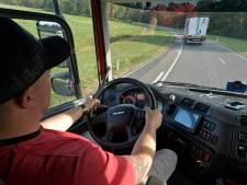 DAF speelt hoofdrol in testweek 'treintje rijden' van vrachtwagens
