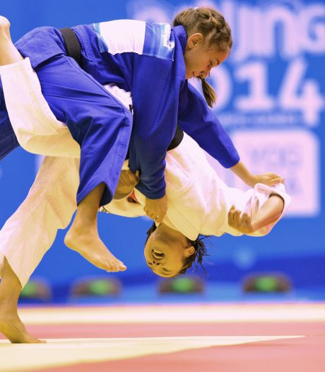 Hommeles in judoland: bond gedagvaard door elf oud-raadsleden