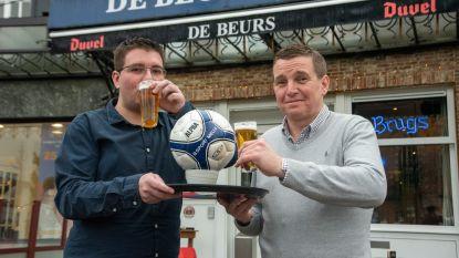 Cafés zonder ploeg voetballen voor groepsgevoel en goede doel in 'dé derby van Wetteren'